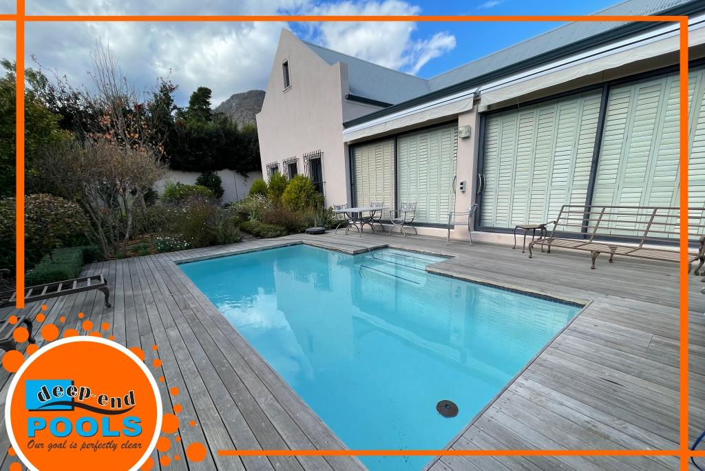marble-plastered-pool-Deep-in-Pool-Franschhoek-Estate